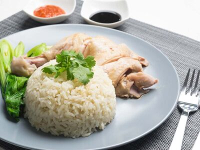 Hainanese Chicken Rice with Homemade Chilli Sauce (serves 2)