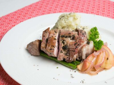 Pan Fried Pork Chops with Apples and Garlic Mash (serves 2)