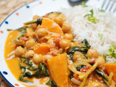 Sweet Potato, Chickpeas & Spinach Curry (Vegan) (Serves 2)