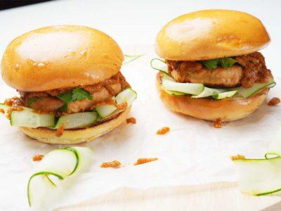 Chicken Satay Burger (Serves 2)