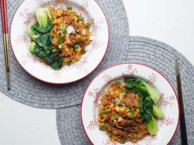 Vegan Spiced Pork Knife Cut Noodles (Serves 2)